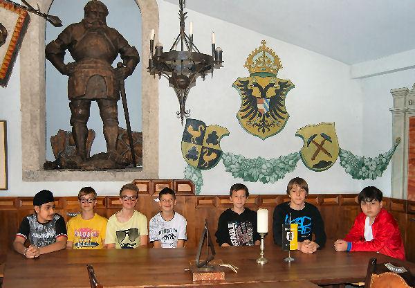 Im Rittersaal von Freundsberg